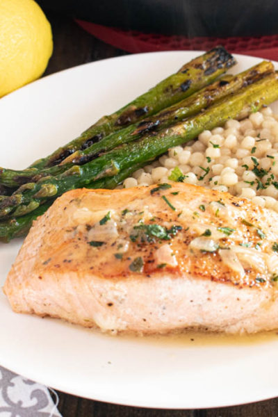 Pan-Seared Salmon with White Wine Lemon Sauce