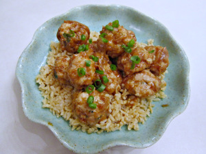 Baked Turkey Meatballs with Sweet Peanut Sauce