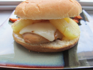 Sammich Saturday: Hawaiian Chicken Sammich