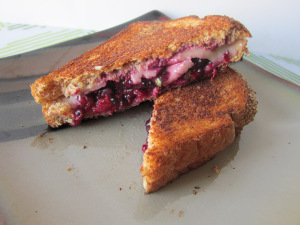 Sammich Saturday: Fontina & Blackberry-Basil Smash Grilled Cheese