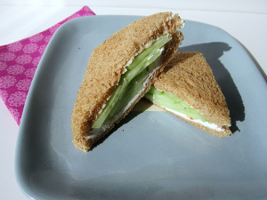 Sammich Saturday: Cucumber Tea Sammich