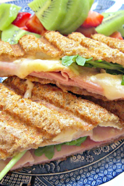 Sammich Saturday: Ham, Brie, Marmalade, and Arugula Pressed Sammich