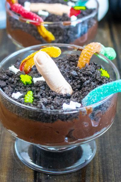Graveyard Halloween Dirt Cups