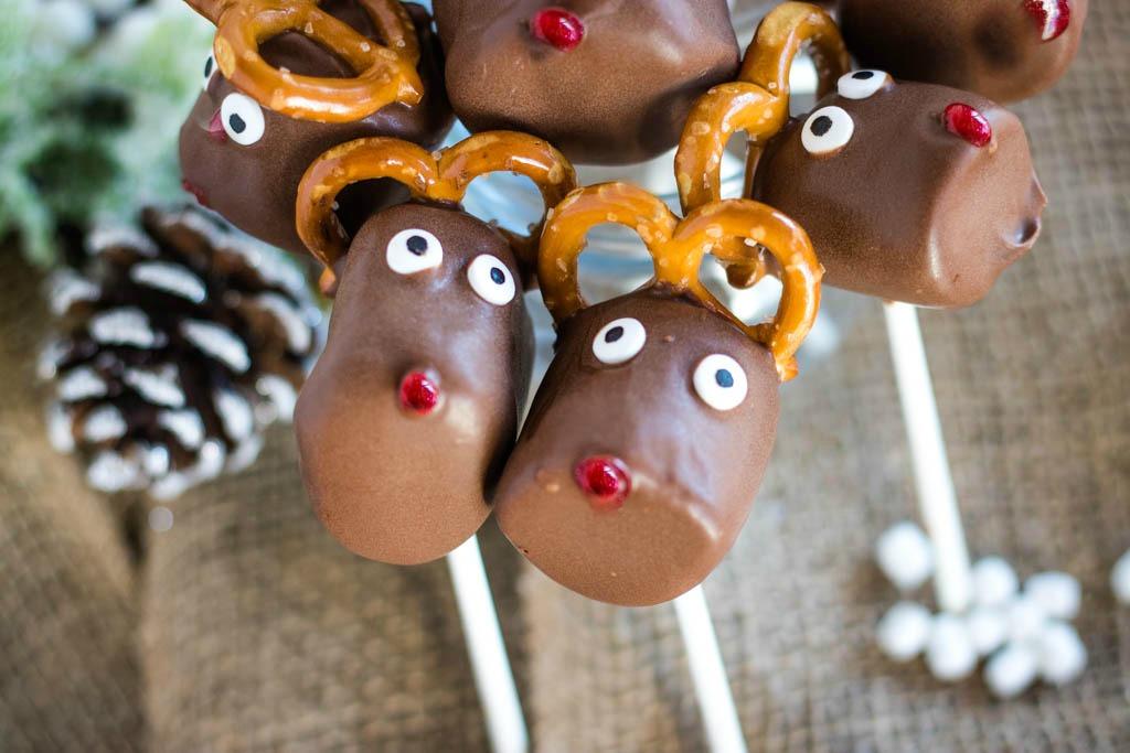 Pair of reindeer marshmallow pops