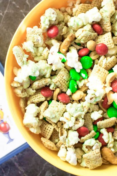 Grinch Snack Mix