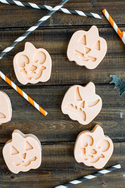 Pumpkin Mint Patties #HalloweenTreatsWeek